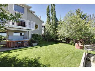 Photo 19: 147 EDGEBROOK Circle NW in Calgary: 2 Storey for sale : MLS®# C3575190