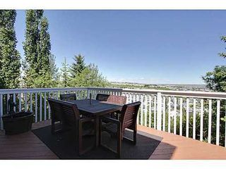 Photo 18: 147 EDGEBROOK Circle NW in Calgary: 2 Storey for sale : MLS®# C3575190