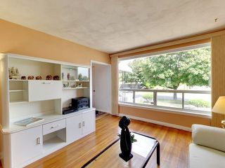 Photo 16: 144 Santamonica Boulevard in Toronto: Clairlea-Birchmount House (Bungalow) for sale (Toronto E04)  : MLS®# E3609016