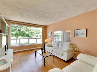 Photo 17: 144 Santamonica Boulevard in Toronto: Clairlea-Birchmount House (Bungalow) for sale (Toronto E04)  : MLS®# E3609016