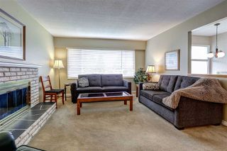 Photo 3: 333 MUNDY Street in Coquitlam: Coquitlam East House for sale : MLS®# R2119831