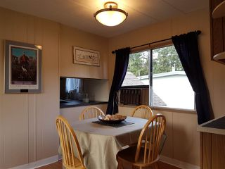 "Photo 5: 3 3031 200 Street in Langley: Brookswood Langley Manufactured Home for sale in ""Cedar Creek Estates"" : MLS®# R2123592"