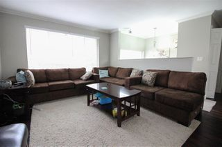 Photo 5: 17262 62A Avenue in Surrey: Cloverdale BC House for sale (Cloverdale)  : MLS®# R2125383