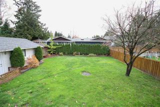 Photo 16: 17262 62A Avenue in Surrey: Cloverdale BC House for sale (Cloverdale)  : MLS®# R2125383