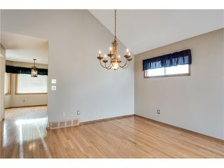 Photo 8: 192 WOODSIDE Road NW: Airdrie House for sale : MLS®# C4092985