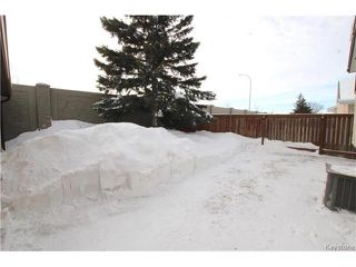 Photo 2: 66 Forest Cove Drive in Winnipeg: Inkster Gardens Residential for sale (4L)  : MLS®# 1701020