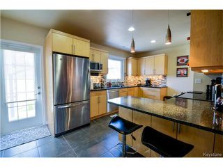 Photo 2: 1227 Warsaw Crescent in Winnipeg: Residential for sale (1Bw)  : MLS®# 1709160