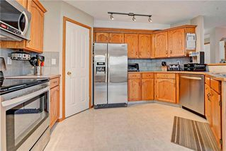 Photo 6: 243 SOMERGLEN Road SW in Calgary: Somerset House for sale : MLS®# C4122887