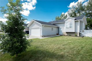 Photo 4: 1210 Grey Avenue: Crossfield House for sale : MLS®# C4125327