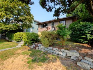 Photo 19: 4387 KITCHENER Street in Burnaby: Willingdon Heights House for sale (Burnaby North)  : MLS®# R2198504