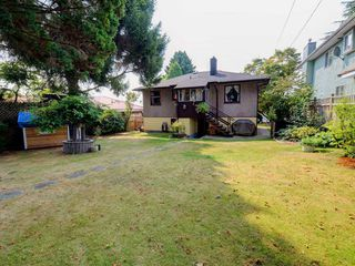 Photo 17: 4387 KITCHENER Street in Burnaby: Willingdon Heights House for sale (Burnaby North)  : MLS®# R2198504