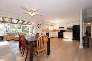"""Photo 4: 2465 BIRNEY Place in North Vancouver: Blueridge NV House for sale in """"BLUERIDGE"""" : MLS®# R2204664"""