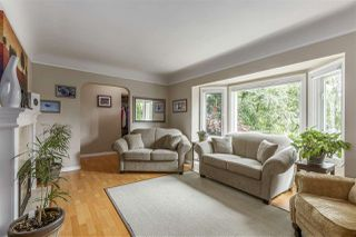 Photo 4: 3865 SOUTHWOOD Street in Burnaby: Suncrest House for sale (Burnaby South)  : MLS®# R2215843