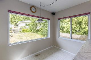 Photo 9: 3865 SOUTHWOOD Street in Burnaby: Suncrest House for sale (Burnaby South)  : MLS®# R2215843