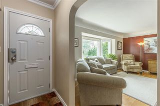 Photo 2: 3865 SOUTHWOOD Street in Burnaby: Suncrest House for sale (Burnaby South)  : MLS®# R2215843