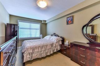Photo 10: 406 8084 120A Street in Surrey: Queen Mary Park Surrey Condo for sale : MLS®# R2216840