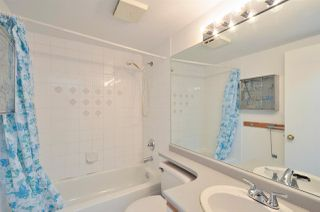 "Photo 12: 208 2133 DUNDAS Street in Vancouver: Hastings Condo for sale in ""HARBOUR GATE"" (Vancouver East)  : MLS®# R2227783"