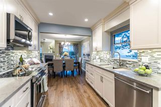 """Photo 3: 21 2590 PANORAMA Drive in Coquitlam: Westwood Plateau Townhouse for sale in """"BUCKINGHAM COURT"""" : MLS®# R2231935"""