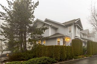 """Photo 2: 21 2590 PANORAMA Drive in Coquitlam: Westwood Plateau Townhouse for sale in """"BUCKINGHAM COURT"""" : MLS®# R2231935"""