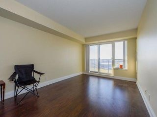 Photo 5: 506 55 De Boers Drive in Toronto: York University Heights Condo for sale (Toronto W05)  : MLS®# W4030343