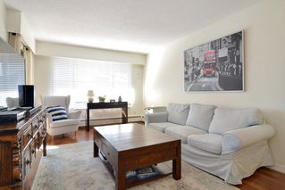 "Photo 2: 306 436 SEVENTH Street in New Westminster: Uptown NW Condo for sale in ""Regency Court"" : MLS®# R2242396"