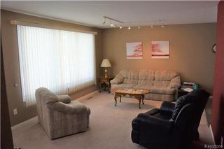 Photo 4: 95 Tulane Bay in Winnipeg: Fort Richmond Residential for sale (1K)  : MLS®# 1803888