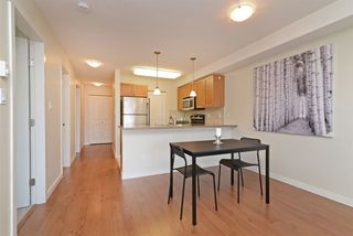 "Photo 5: PH7 2373 ATKINS Avenue in Port Coquitlam: Central Pt Coquitlam Condo for sale in ""CARMANDY"" : MLS®# R2290400"
