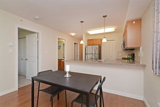 "Photo 6: PH7 2373 ATKINS Avenue in Port Coquitlam: Central Pt Coquitlam Condo for sale in ""CARMANDY"" : MLS®# R2290400"