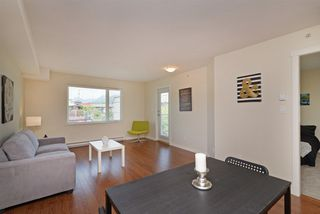 "Photo 8: PH7 2373 ATKINS Avenue in Port Coquitlam: Central Pt Coquitlam Condo for sale in ""CARMANDY"" : MLS®# R2290400"