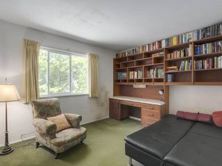 Photo 16: 1691 DAVENPORT Place in North Vancouver: Westlynn Terrace House for sale : MLS®# R2291940