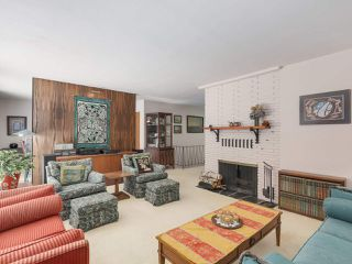 Photo 5: 1691 DAVENPORT Place in North Vancouver: Westlynn Terrace House for sale : MLS®# R2291940
