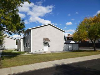 Main Photo:  in Edmonton: Zone 16 Townhouse for sale : MLS®# E4130637