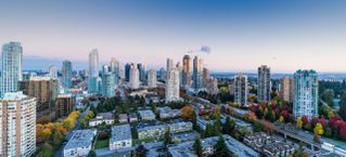 Main Photo: 3506 5883 BARKER Avenue in Burnaby: Metrotown Condo for sale (Burnaby South)  : MLS®# R2313729