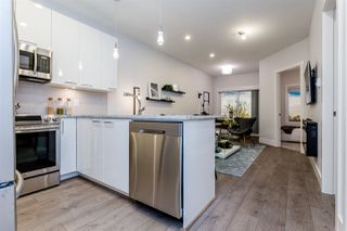 """Photo 16: 102 5485 BRYDON Crescent in Langley: Langley City Condo for sale in """"The Wesley"""" : MLS®# R2320405"""