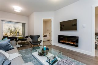 """Photo 3: 102 5485 BRYDON Crescent in Langley: Langley City Condo for sale in """"The Wesley"""" : MLS®# R2320405"""