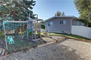 Photo 33: 252 QUEEN ALEXANDRA Road SE in Calgary: Queensland Detached for sale : MLS®# C4215983