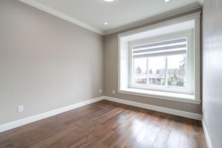 Photo 13: 4363 HURST Street in Burnaby: Metrotown House 1/2 Duplex for sale (Burnaby South)  : MLS®# R2325354