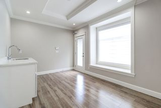 Photo 11: 4363 HURST Street in Burnaby: Metrotown House 1/2 Duplex for sale (Burnaby South)  : MLS®# R2325354