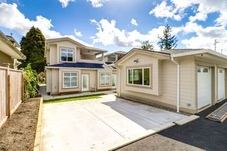 Photo 18: 4363 HURST Street in Burnaby: Metrotown House 1/2 Duplex for sale (Burnaby South)  : MLS®# R2325354