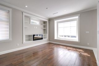 Photo 5: 4363 HURST Street in Burnaby: Metrotown House 1/2 Duplex for sale (Burnaby South)  : MLS®# R2325354