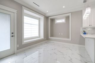 Photo 10: 4363 HURST Street in Burnaby: Metrotown House 1/2 Duplex for sale (Burnaby South)  : MLS®# R2325354