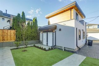 Photo 19: 1135 RENFREW Street in Vancouver: Renfrew VE House for sale (Vancouver East)  : MLS®# R2329259