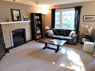 Photo 2: 816 113A Street in Edmonton: Zone 16 House for sale : MLS®# E4139972