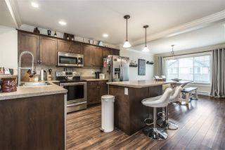 "Photo 3: 40 46791 HUDSON Road in Sardis: Promontory Townhouse for sale in ""Walker Creek"" : MLS®# R2335565"