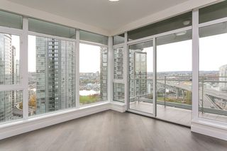 "Photo 9: 1901 1372 SEYMOUR Street in Vancouver: Downtown VW Condo for sale in ""THE MARK"" (Vancouver West)  : MLS®# R2339338"