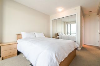 "Photo 11: 1905 6611 SOUTHOAKS Crescent in Burnaby: Highgate Condo for sale in ""GEMINI I"" (Burnaby South)  : MLS®# R2340417"
