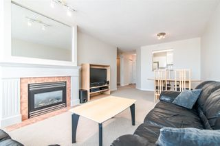 "Photo 6: 1905 6611 SOUTHOAKS Crescent in Burnaby: Highgate Condo for sale in ""GEMINI I"" (Burnaby South)  : MLS®# R2340417"
