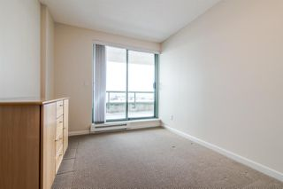 "Photo 13: 1905 6611 SOUTHOAKS Crescent in Burnaby: Highgate Condo for sale in ""GEMINI I"" (Burnaby South)  : MLS®# R2340417"