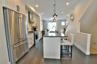 """Photo 3: 6 16518 24A Avenue in Surrey: Grandview Surrey Townhouse for sale in """"Notting Hill"""" (South Surrey White Rock)  : MLS®# R2339350"""