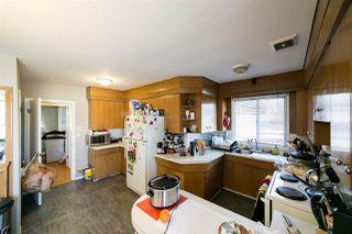Photo 3: 6004 101 Avenue in Edmonton: Zone 19 House for sale : MLS®# E4146319